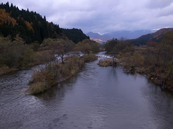 百目木橋の上流
