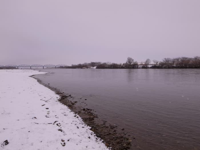 雪の最上川