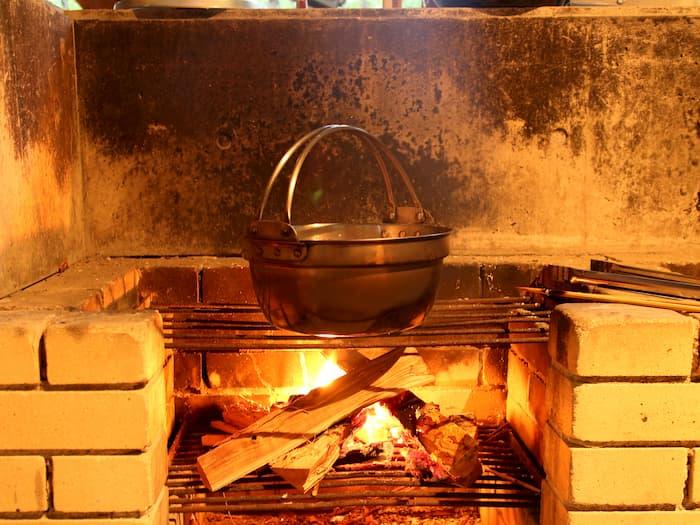 炊事場のコンロ