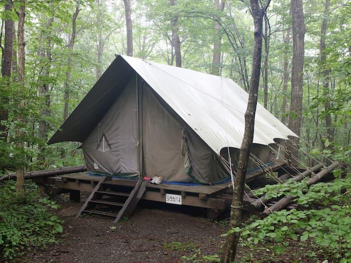 南蔵王野営場の常設テント