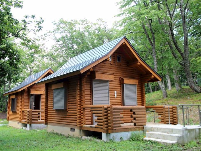 天童高原キャンプ場のバンガロー